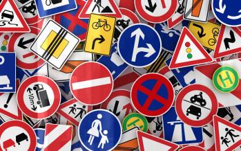 Imposta di pubblicità: sono insegne tassabili anche le indicazioni stradali e i segnali turistici
