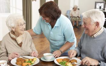 """""""Welfare"""": al via intesa Governo-Comuni-Terzo Settore per impegnare chi beneficia di sostegno al reddito in attività socialmente utili"""