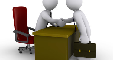 Personale P.A.: obbligo osservanza vincolo in materia di lavoro flessibile