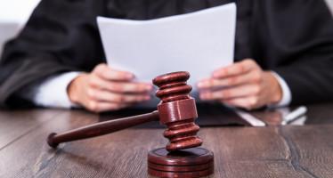 Responsabilità amministrativa: condanna relativa al riconoscimento di un debito fuori bilancio per spese legali sostenute dall'ex Sindaco