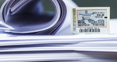 """""""Imposta di bollo"""" nel procedimento arbitrale: la assolve chi produce il documento mediante contrassegno o in modo virtuale"""