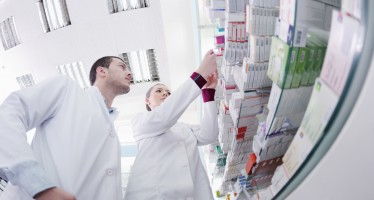 Trasferimento sede Farmacia: l'individuazione della via pedonale più breve può prescindere dagli attraversamenti segnalati