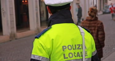 Polizia locale: le modalità di rimborso delle spese sostenute per corresponsione equo indennizzo e spese degenza per causa di servizio