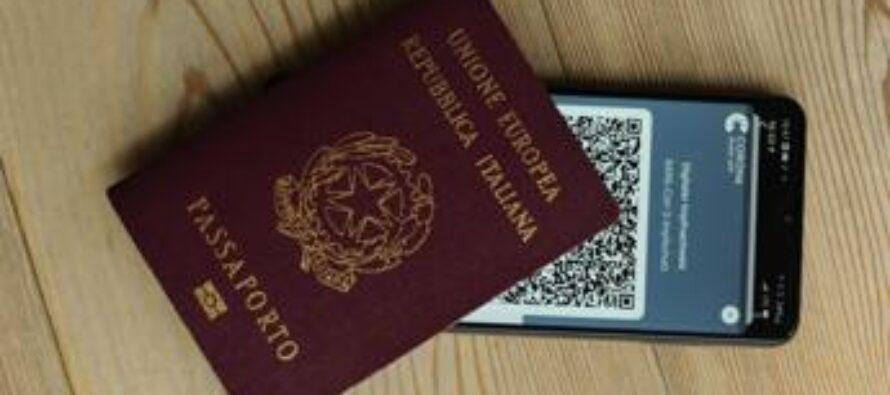 Green pass europeo al via, come richiederlo: regole Italia