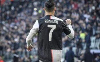 """""""Cristiano Ronaldo tratta rinnovo contratto con la Juve"""""""