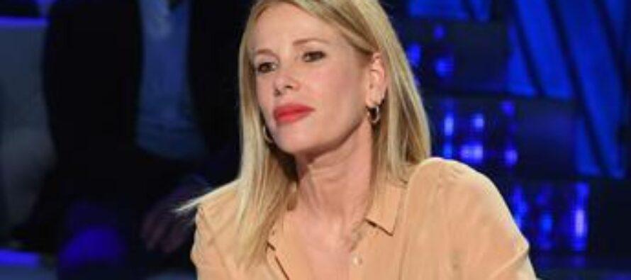 """Alessia Marcuzzi: """"Lascio Mediaset dopo 25 anni"""""""