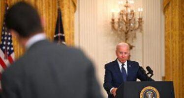 """Attacco Kabul, Biden: """"E' stato l'Isis, la pagherà"""""""