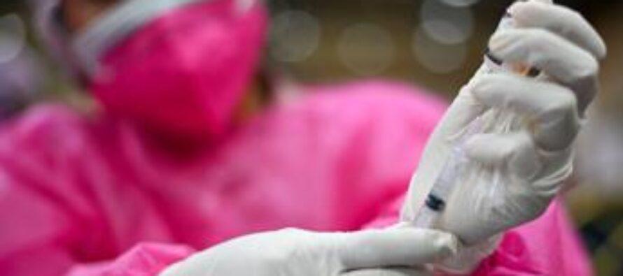 Vaccino covid, dal 16 agosto senza prenotazione a 12-18enni