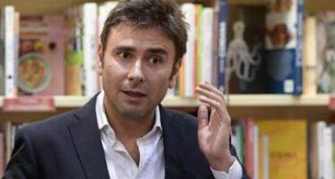 """M5S, Di Battista: """"Non rientro fin quando sosterrà questo governo"""""""