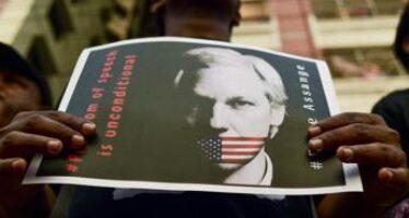 Wikileaks, Usa vincono primo round contro stop a estradizione Assange