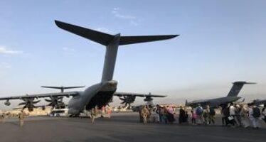 Afghanistan, attacco oggi aeroporto Kabul: news, cosa sappiamo