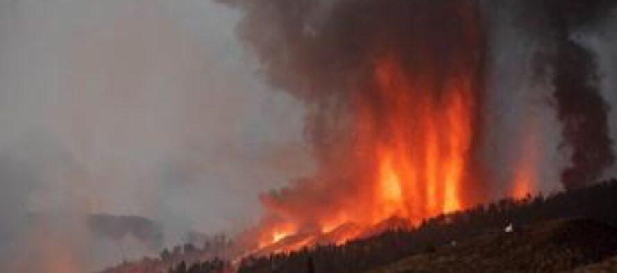 Canarie, nuova eruzione a La Palma: altri evacuati