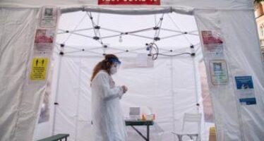 Covid oggi Lazio, 372 contagi e 2 morti. A Roma 160 casi