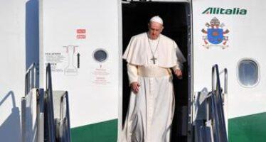 Papa Francesco, ultimo volo con Alitalia