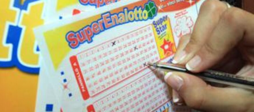 Superenalotto, estrazione vincente oggi: numeri