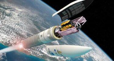 Spazio, il super telescopio James Webb scalda i motori