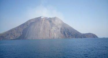 Forte esplosione a Stromboli, boato avvertito in tutta l'isola