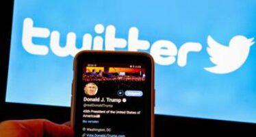 Trump vuole costringere Twitter a riattivare il suo account